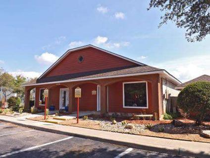 2 Beds Villas De La Cascada For Rent In San Antonio