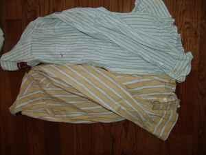 2 Mens Hollister button down collar shirts Size Medium - $5 Boiling Springs, SC