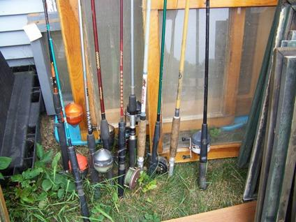 $2 OBO Fishing rods, BIG Steel wood stove,Wood frame windows old n new, tires