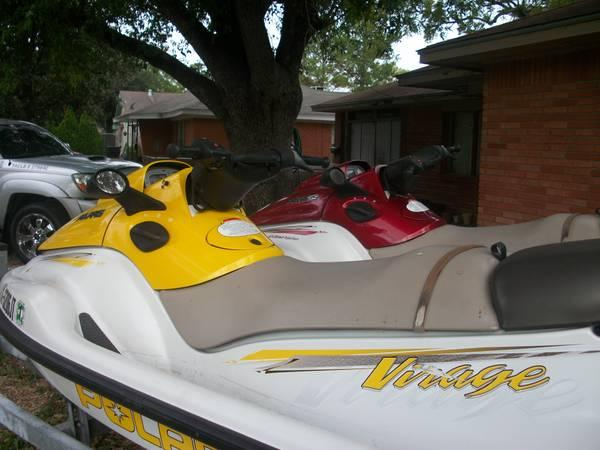 2 polaris 2002 jet skis - $6