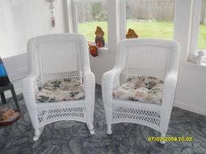 2 Rattan Chairs 3 Oak Amp White Chairs Rattan Shelf 2 Lazy