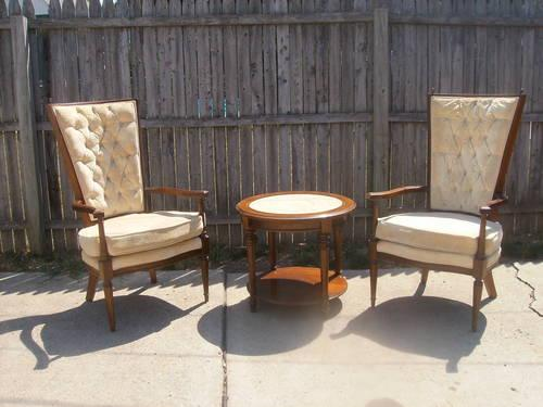 Vintage Table And Chairs For Sale In Ohio Classifieds Buy And Sell