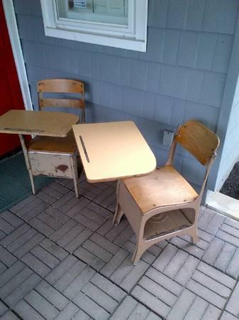 2 VINTAGE School Desks, Mid-Century - $15