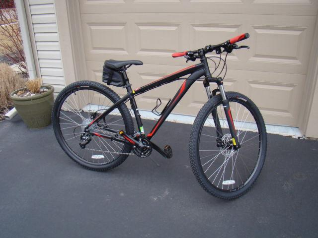 Used Tires Flint Mi >> 2 year old Specialized Hardrock Sport Disc 29er for Sale in Howell, Michigan Classified ...