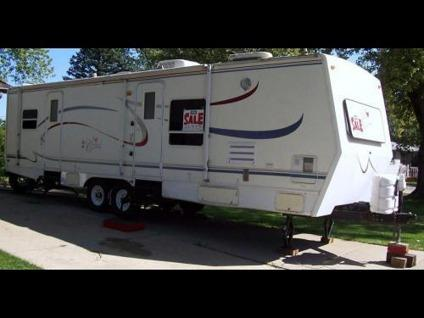 2004 Ford F 285 With 2001 Forest River Cardinal Travel