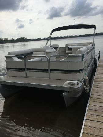 20 2002 Sweetwater Pontoon For Sale In Jackson Michigan
