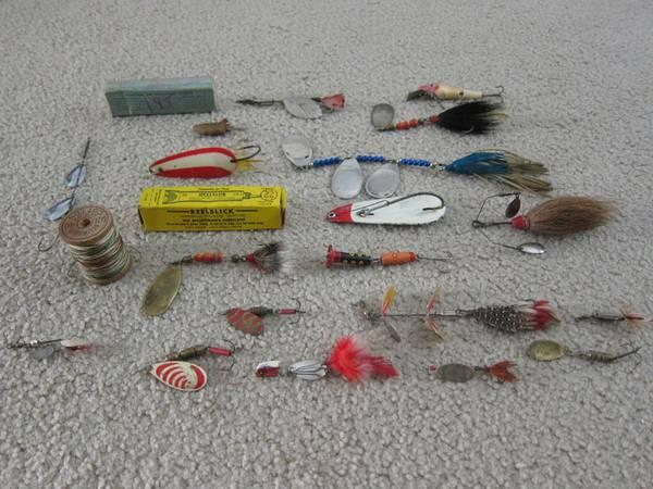 20 Antique Fishing Lures For Sale For Sale In Franklin