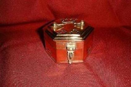 $20 Craft - Hexagon Shaped Brass Trinket Box 19