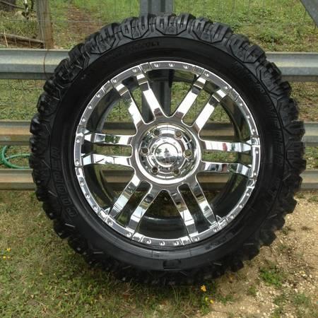 20 Quot Eagle Rims 6 Lug Cooper Mud Tires 07 14 Chevy 1500