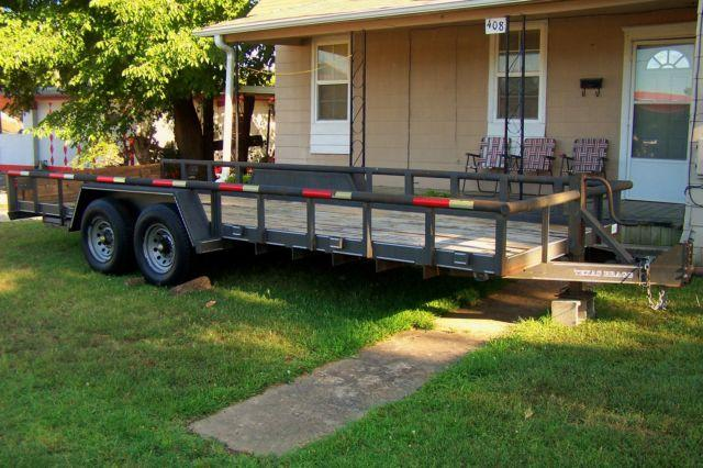 20 FT 2004 TEXAS BRAGG BIG PIPE TANDEM AXLE UTILITY