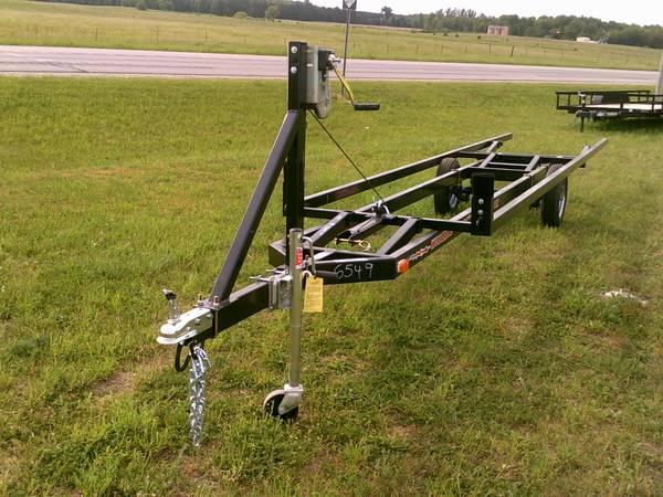 20' PONTOON TRAILER CRANK-UP - for Sale in Kingsley