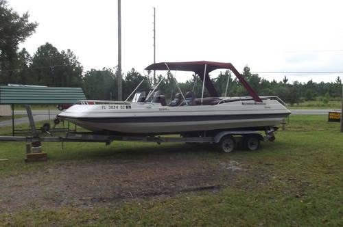 20' Sea Hunt boat with 150 hp Yamaha