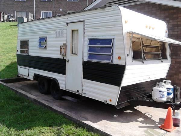 20' Vintage Camper - $1400