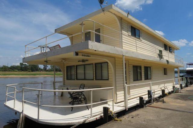 20 39 x 60 39 houseboat for sale in bosco louisiana classified. Black Bedroom Furniture Sets. Home Design Ideas
