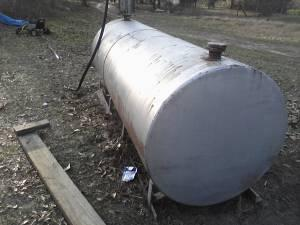 200 gallon fuel tank - $150 (beauregard)