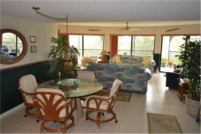 2000 2000 Overseas Highway 1650 sq. ft. Condominium