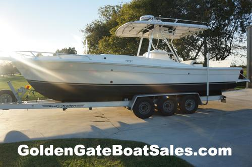 2000, 29' STRIKE 29 Custom Cuddy Center Console