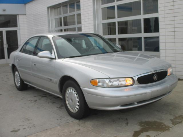 2000 Buick Century Limited 4dr Sedan For Sale In Meskegon Michigan Classified Americanlisted Com