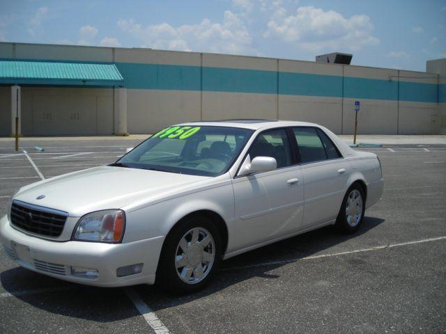 2000 cadillac deville dts 126k mi auto pearl white for sale in jacksonville florida. Black Bedroom Furniture Sets. Home Design Ideas