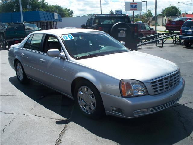 2000 cadillac deville dts for sale in michigan city indiana classified. Black Bedroom Furniture Sets. Home Design Ideas