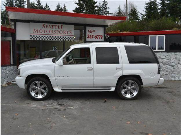 2000 Cadillac Escalade Sport Utility 4D for Sale in Sline ...