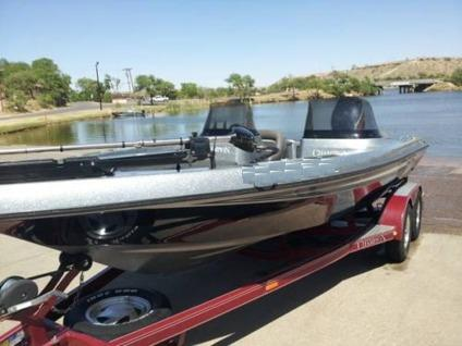 2000 Champion Fish Hunter Bass Fishing Boat For Sale In