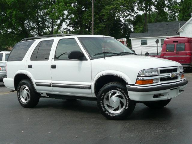 2000 chevrolet blazer for sale in russellville kentucky classified. Black Bedroom Furniture Sets. Home Design Ideas