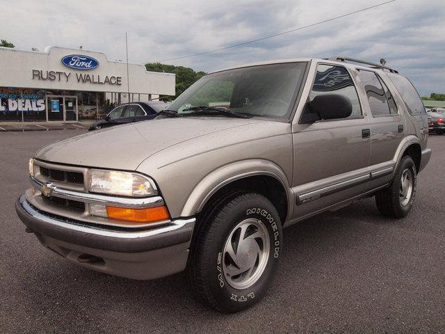 2000 chevrolet blazer lt for sale in newport tennessee classified. Black Bedroom Furniture Sets. Home Design Ideas