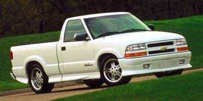 2000 Chevrolet S-10 Base 2dr Standard Cab SB