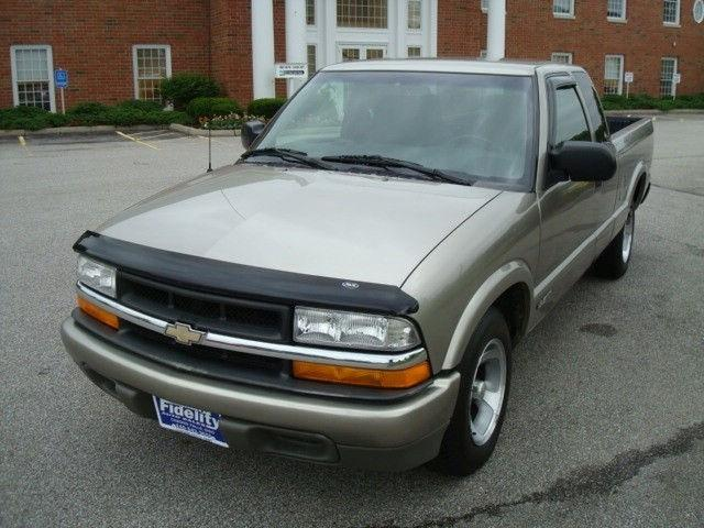 2000 chevrolet s 10 ls for sale in chagrin falls ohio classified. Black Bedroom Furniture Sets. Home Design Ideas