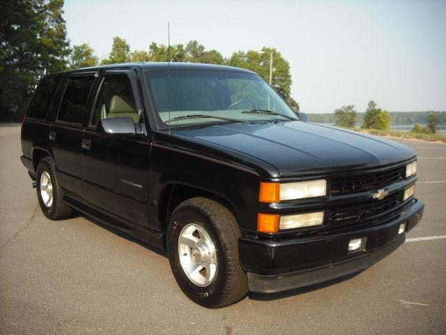 2000 chevrolet tahoe limited for sale in fort lawn south carolina classified. Black Bedroom Furniture Sets. Home Design Ideas