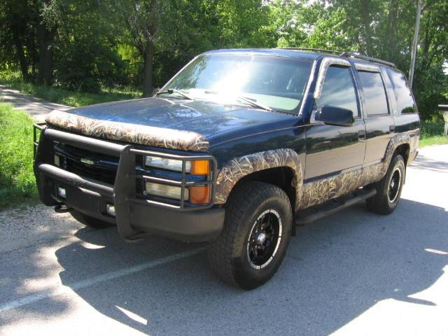 2000 chevrolet tahoe z71 for sale in muskego wisconsin classified. Black Bedroom Furniture Sets. Home Design Ideas