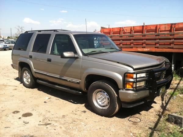 2000 chevy tahoe for sale in denver delaware classified. Black Bedroom Furniture Sets. Home Design Ideas