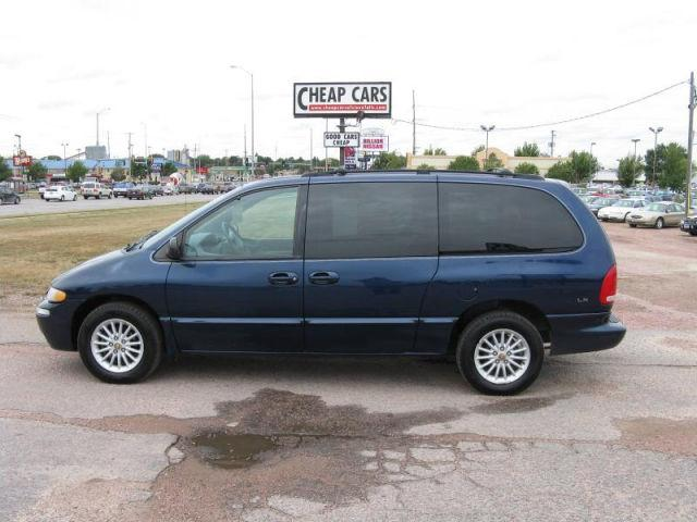 2000 chrysler town country lx for sale in sioux falls. Black Bedroom Furniture Sets. Home Design Ideas