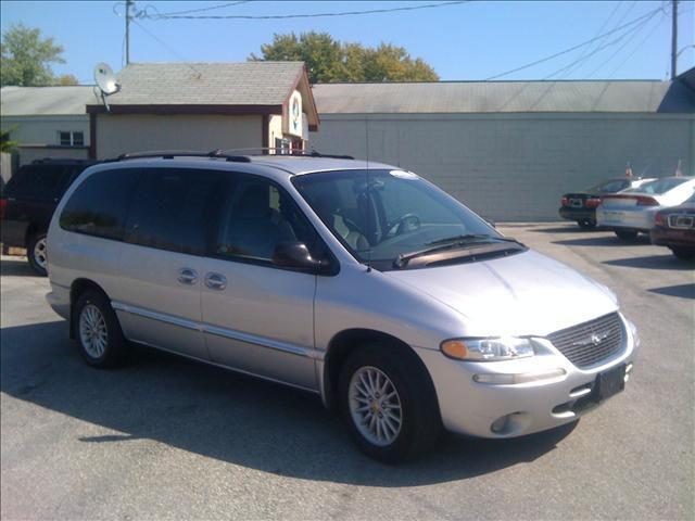 2000 chrysler town country lx for sale in greenwood. Black Bedroom Furniture Sets. Home Design Ideas