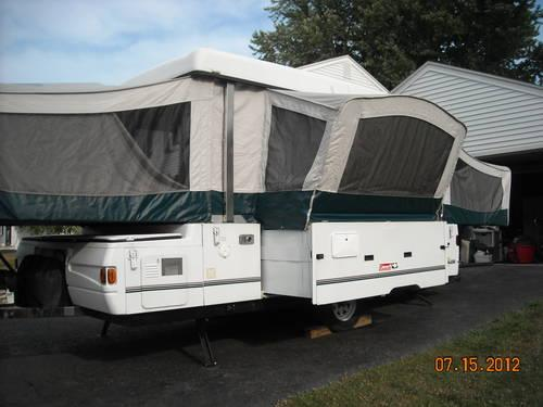 2000 Coleman Utah Camper (Grand Series) with Slide Out and Add-A-Room