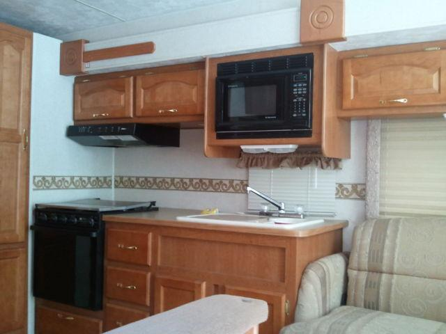 2000 damon challenger motor home for sale in high point north carolina classified. Black Bedroom Furniture Sets. Home Design Ideas