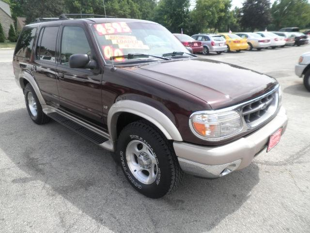 2000 ford explorer eddie bauer for sale in lannon. Black Bedroom Furniture Sets. Home Design Ideas