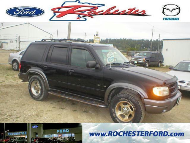 2000 ford explorer xlt 2000 ford explorer xlt car for sale in rochester mn 4368261854 used. Black Bedroom Furniture Sets. Home Design Ideas