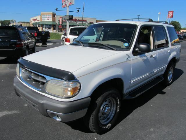 2000 ford explorer xlt for sale in cabot arkansas classified. Black Bedroom Furniture Sets. Home Design Ideas