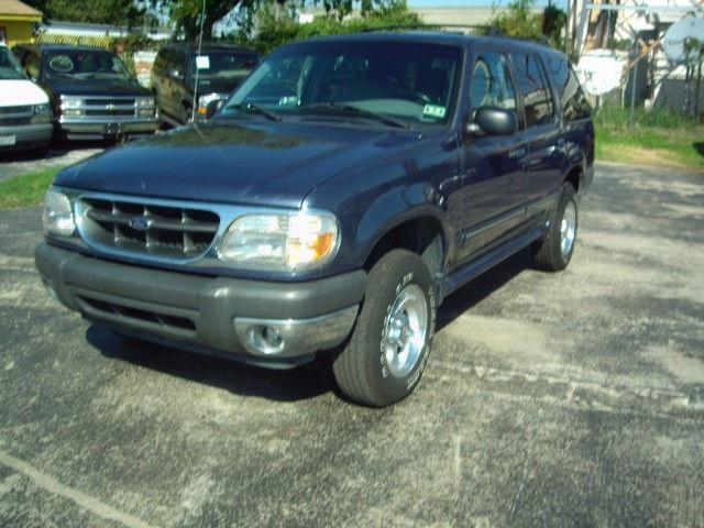 2000 ford explorer xlt for sale in arlington texas classified. Black Bedroom Furniture Sets. Home Design Ideas