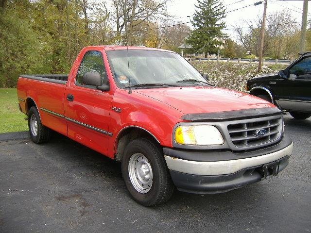 2000 ford f150 xl for sale in grove city ohio classified. Black Bedroom Furniture Sets. Home Design Ideas