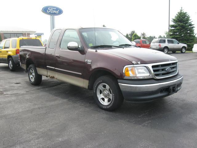 2000 ford f150 xlt for sale in port clinton ohio classified. Black Bedroom Furniture Sets. Home Design Ideas