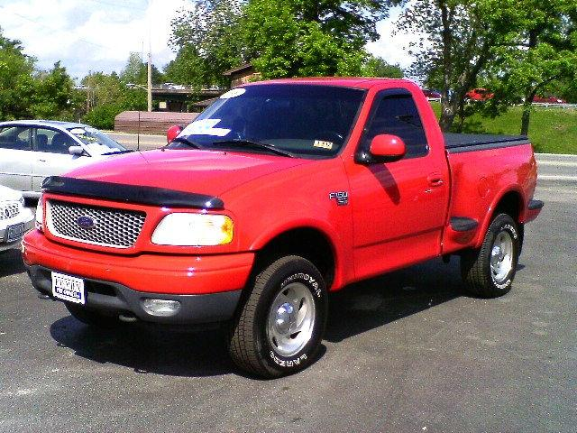 2000 ford f150 xlt flareside for sale in hurricane west virginia classified. Black Bedroom Furniture Sets. Home Design Ideas