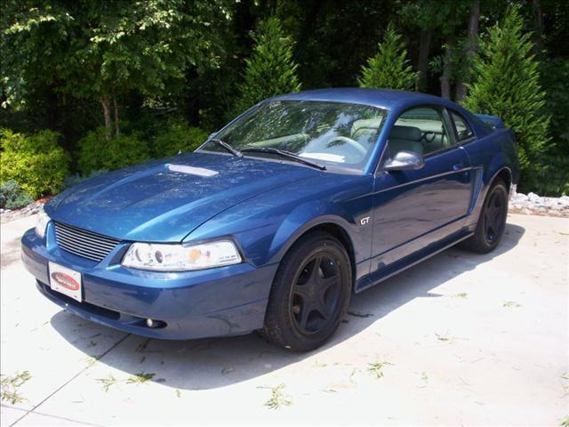 2000 ford mustang gt for sale in taylorsville north carolina classified. Black Bedroom Furniture Sets. Home Design Ideas
