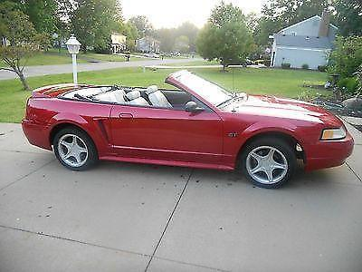 2000 ford mustang gt convertible 2 door 4 6l for sale in. Black Bedroom Furniture Sets. Home Design Ideas