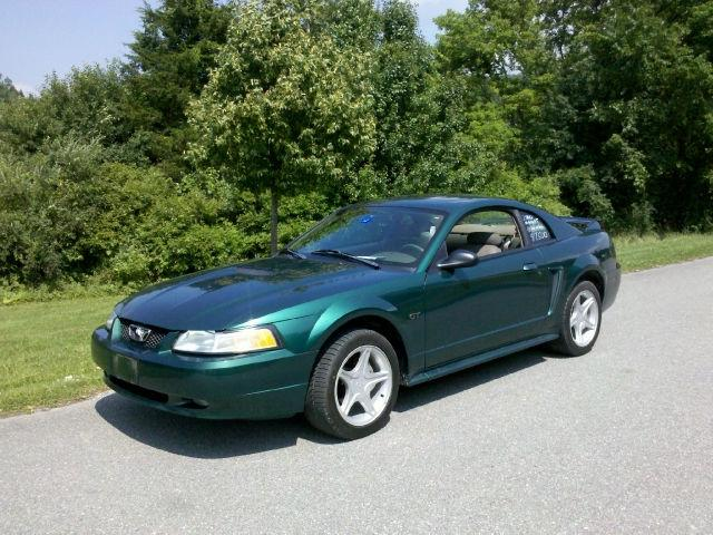 2000 ford mustang gt for sale in hinesburg vermont classified. Black Bedroom Furniture Sets. Home Design Ideas