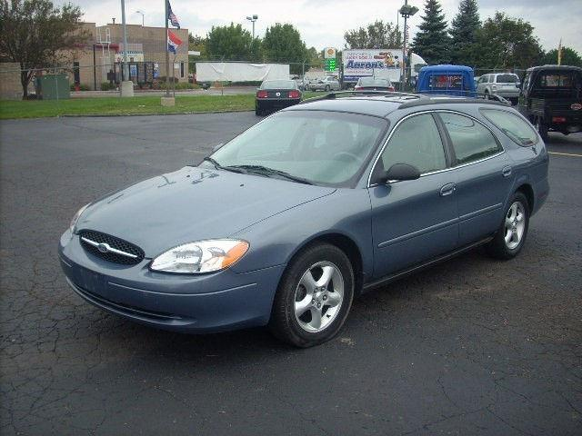 2000 ford taurus se for sale in pontiac michigan. Black Bedroom Furniture Sets. Home Design Ideas