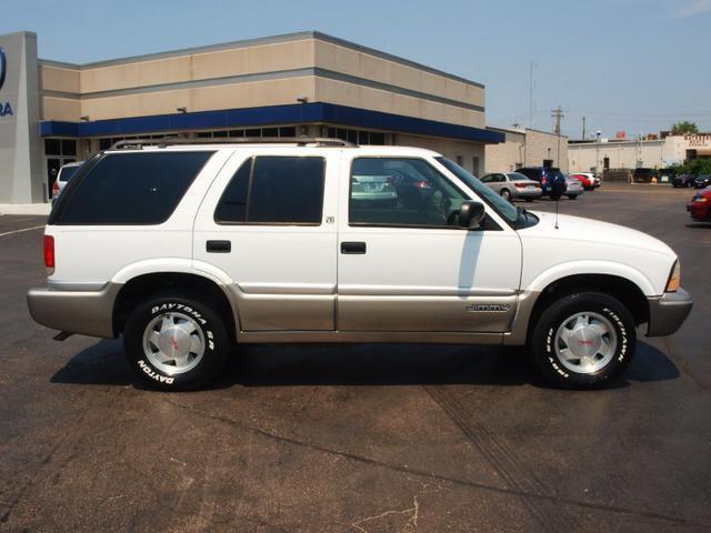 2000 gmc jimmy 2000 gmc jimmy car for sale in saint
