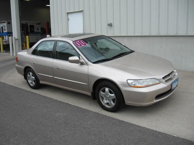 2000 honda accord ex for sale in winona minnesota classified. Black Bedroom Furniture Sets. Home Design Ideas